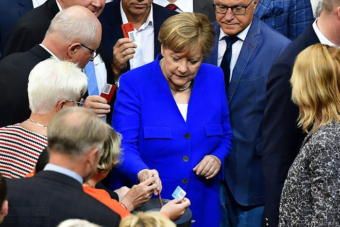 德国通过同性婚姻合法化法案