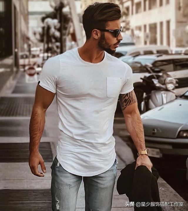 男人穿T恤太平凡?掌握这3点,基础款也能很性感