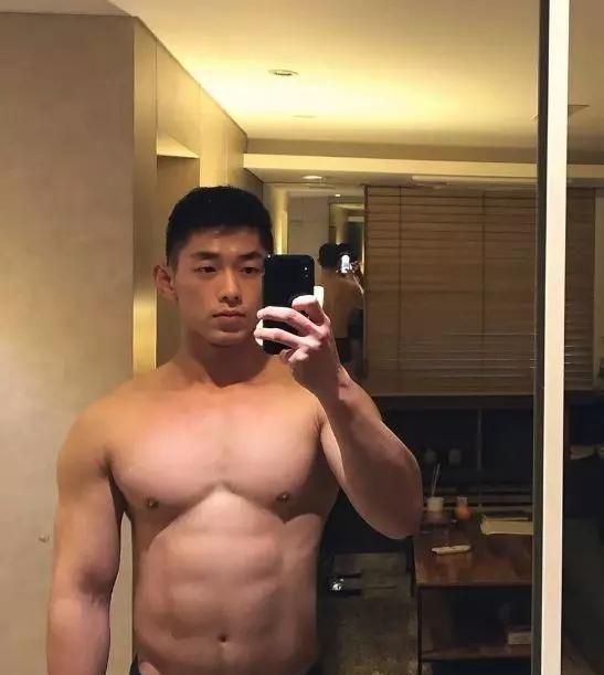 韩国网红男模硬照一览,好想把他扑倒!
