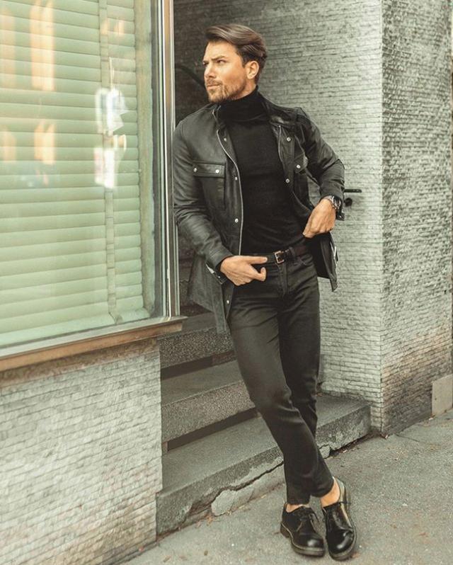 男士穿牛仔裤总觉得单调?换上一条九分裤的款式,造型时髦感大增